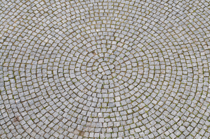 Radial cobblestone patio pattern