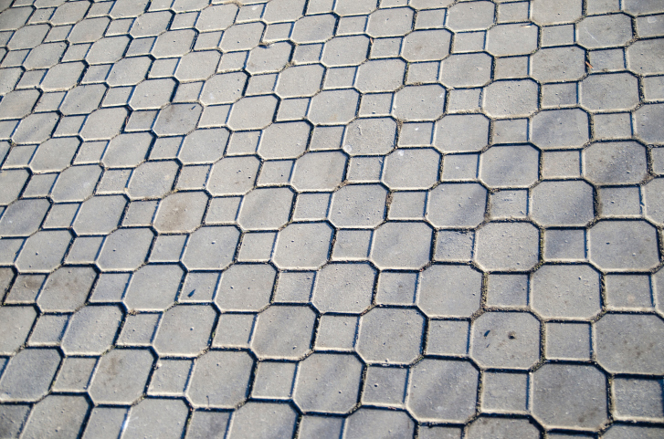 Diamond tile brick patio pattern
