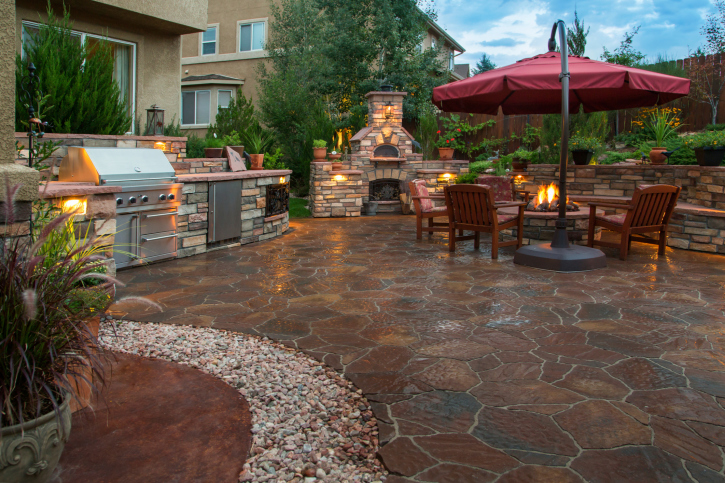 88 outdoor patio design ideas brick flagstone covered for Small stone patio ideas