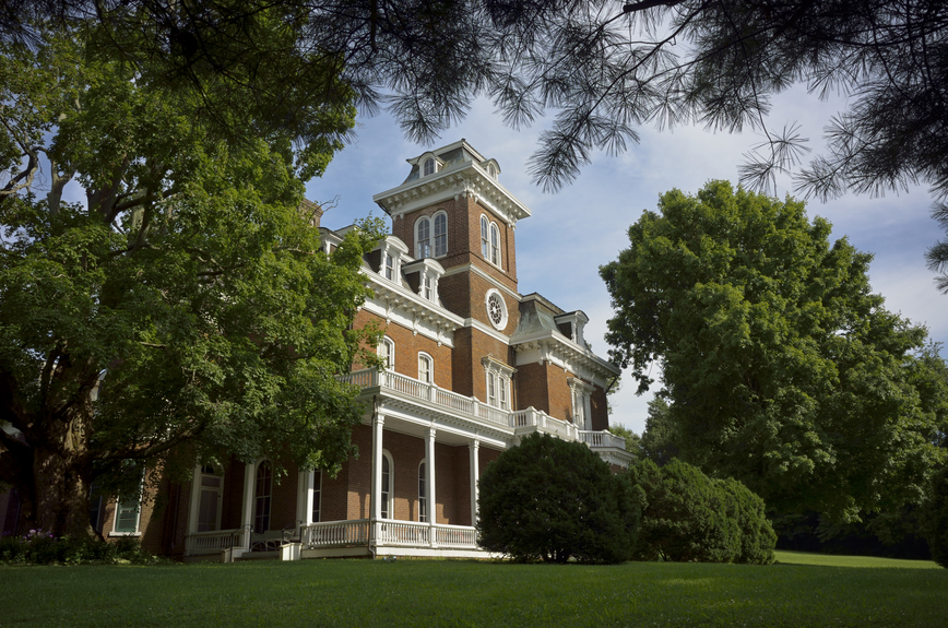 The Glenmore Mansion Built In Jefferson City, Tennessee. This Home Is A Red  Brick