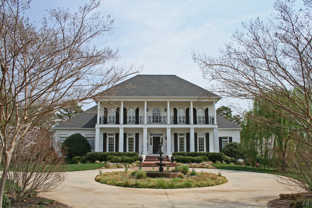 Contemporary southern mansion incorporating Greek revival and Georgian styles