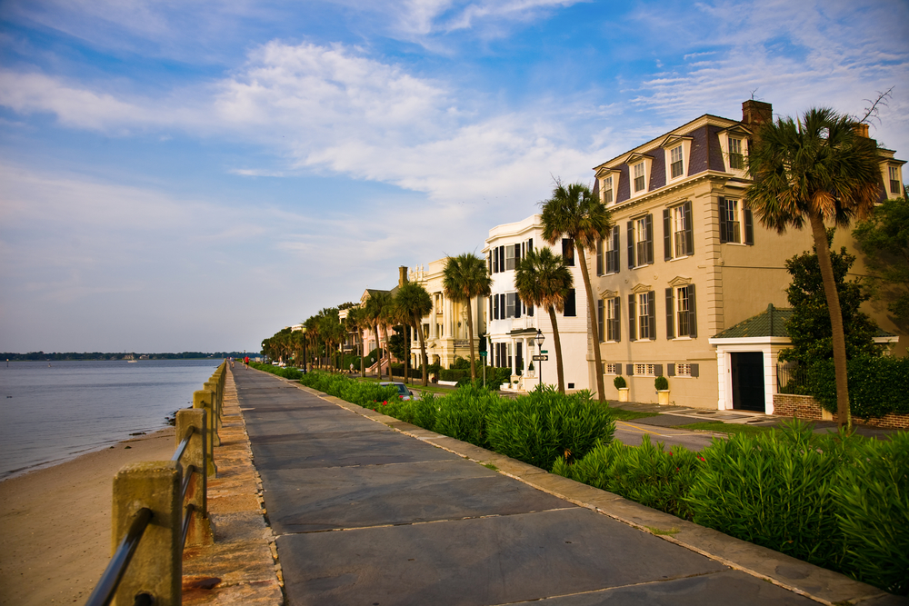 Famous Battery Park in the historic waterfront section of Charleston, South Carolina where many mansions were built in the 18th and 19th centuries