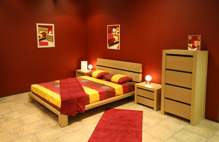 Bedroom with ruby red walls
