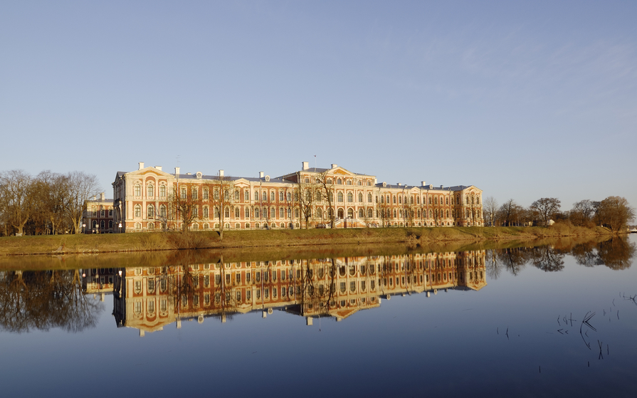 Russian palace on the water