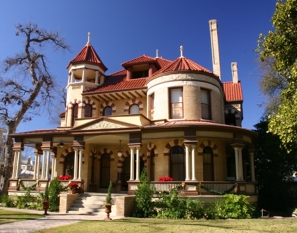 50 finest victorian mansions and house designs in the for Home designs usa