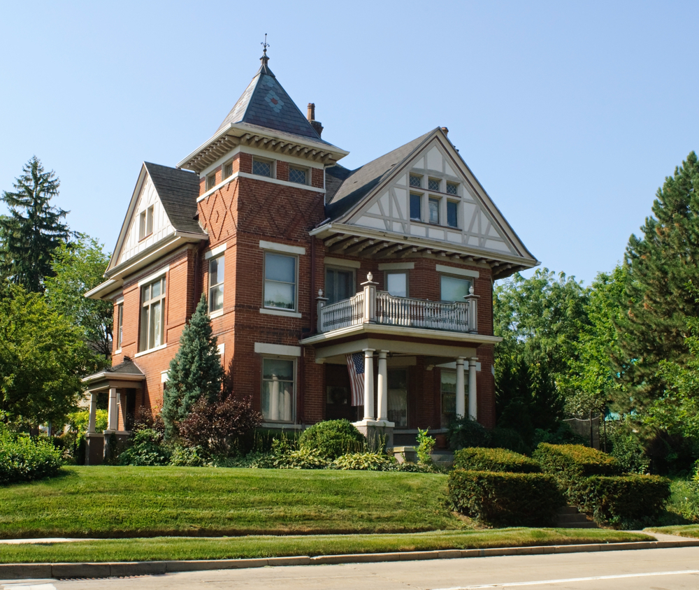 50 finest victorian mansions and house designs in the for Double storey victorian homes