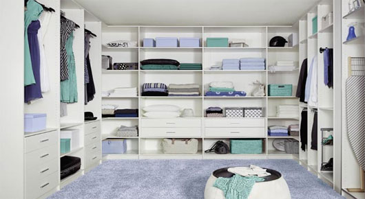 29 Luxury Walk-In Closet Designs (Pictures)