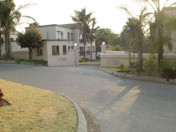 Randburg, Randparkrif Property  | Houses To Rent Randparkrif, RANDPARKRIF, Townhouse 2 bedrooms property to rent Price:,  6,00*