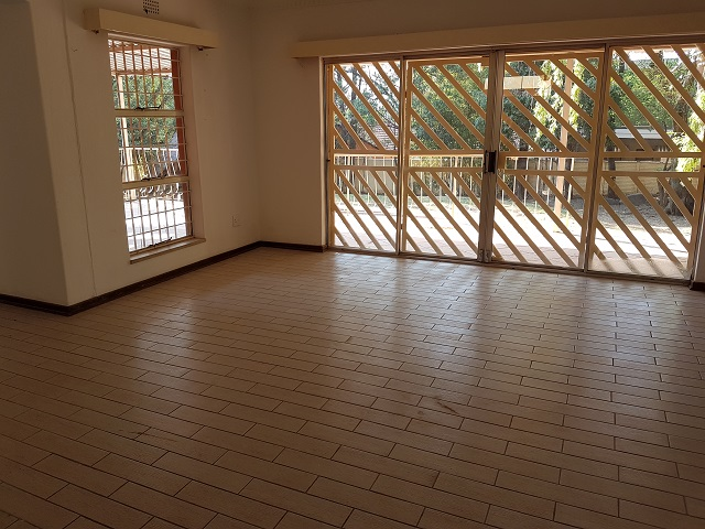 Northcliff property to rent. Ref No: 13392148. Picture no 4