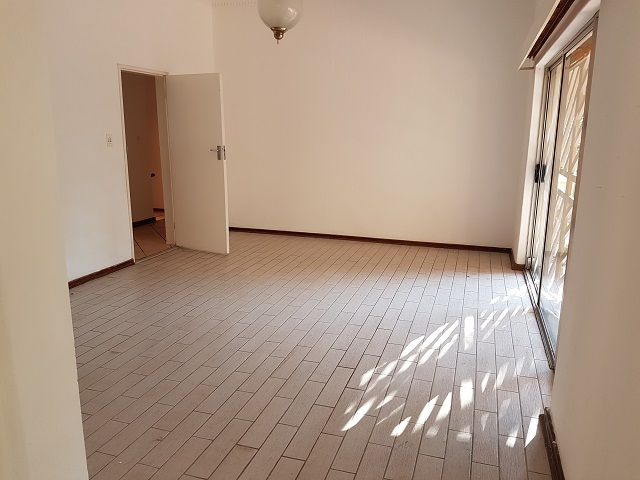 Northcliff property to rent. Ref No: 13392148. Picture no 23
