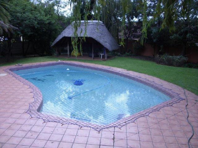 Northcliff property to rent. Ref No: 13392148. Picture no 2