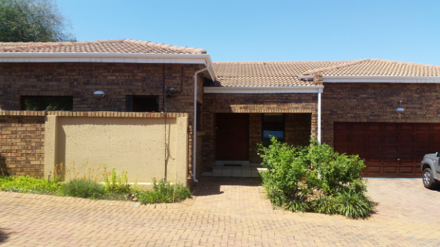 Randburg, Fairland Property  | Houses To Rent Fairland, FAIRLAND, Cluster 3 bedrooms property to rent Price:, 15,00*