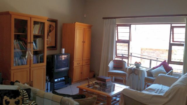 Fairland property to rent. Ref No: 13396100. Picture no 7