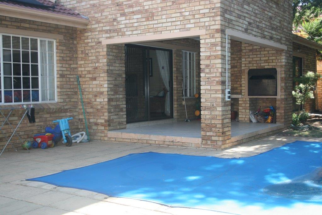 Randburg, Boskruin Property  | Houses To Rent Boskruin, BOSKRUIN, Townhouse 3 bedrooms property to rent Price:, 15,00*