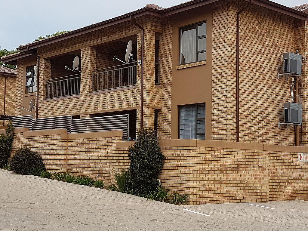 Randburg, Ferndale Property    Houses To Rent Ferndale, FERNDALE, Apartment 2 bedrooms property to rent Price:,  8,00*