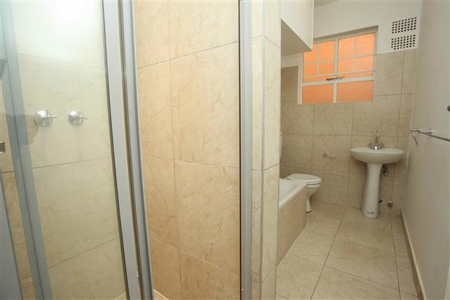 Riviera property to rent. Ref No: 13395344. Picture no 8