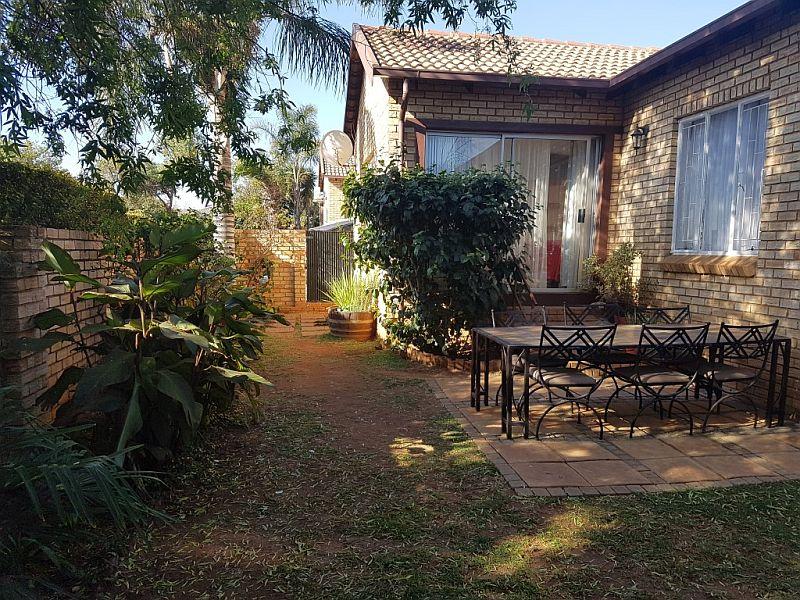 Roodepoort, Honeydew Ridge Property  | Houses To Rent Honeydew Ridge, HONEYDEW RIDGE, Simplex 3 bedrooms property to rent Price:,  8,50*