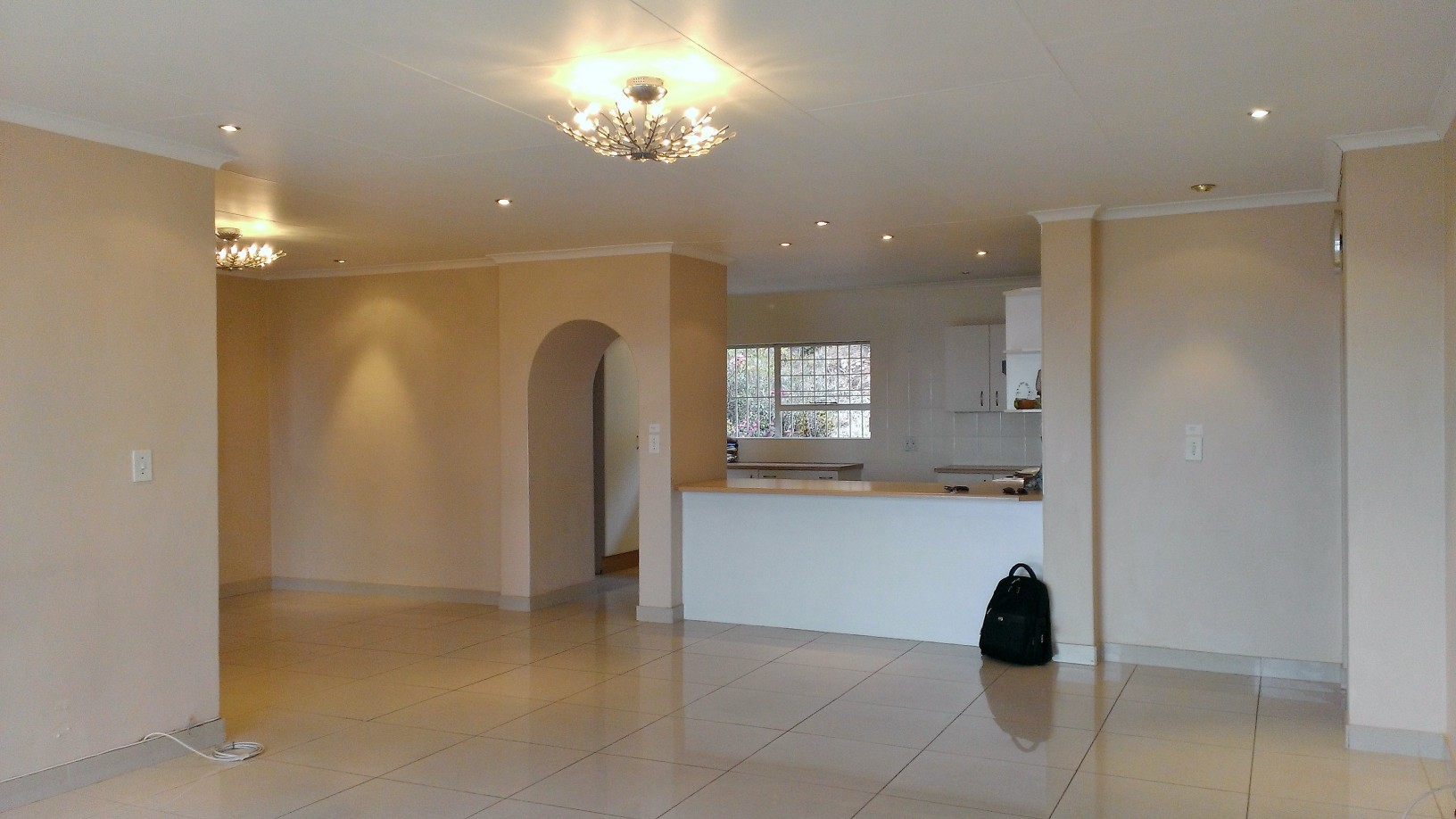 Constantia Kloof property to rent. Ref No: 13400987. Picture no 11