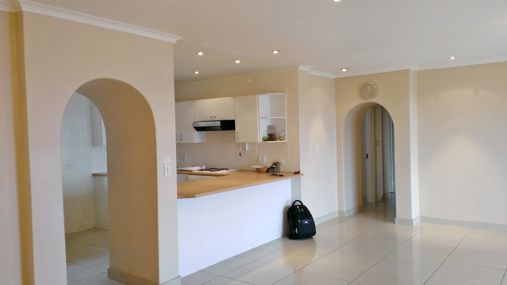 Constantia Kloof property to rent. Ref No: 13400987. Picture no 4