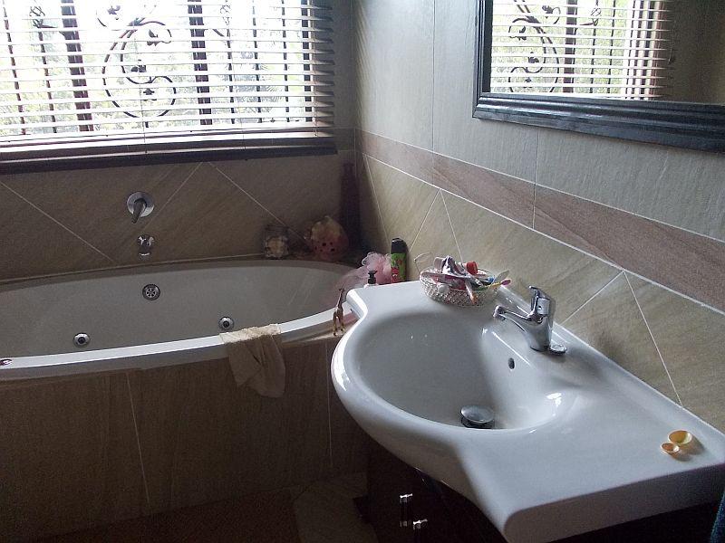 Hartebeestpoort 362-jr property to rent. Ref No: 13395870. Picture no 19