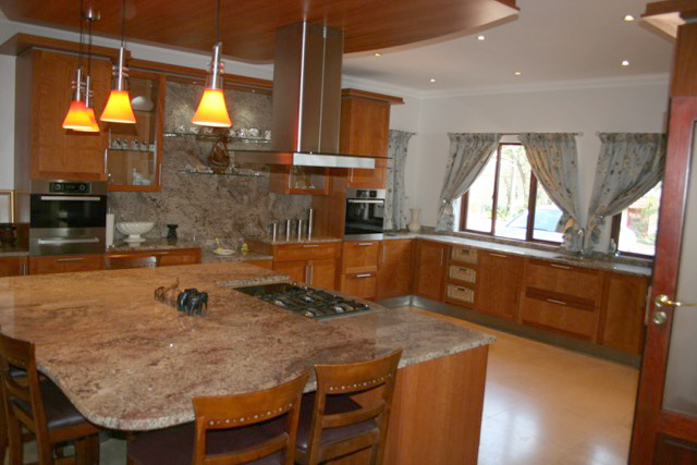 Bryanston West property to rent. Ref No: 13396306. Picture no 13