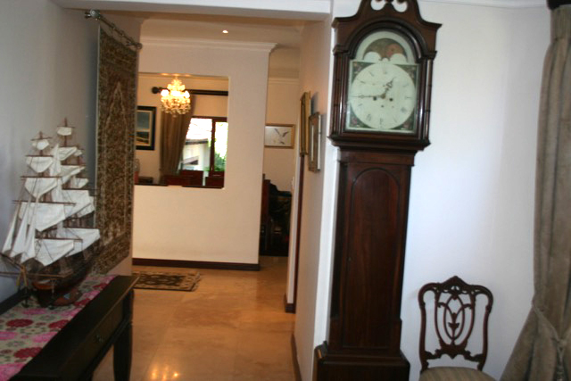 Bryanston West property to rent. Ref No: 13396306. Picture no 16