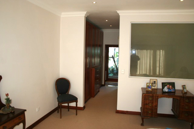 Bryanston West property to rent. Ref No: 13396306. Picture no 20