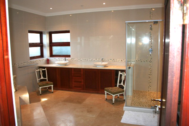 Bryanston West property to rent. Ref No: 13396306. Picture no 23