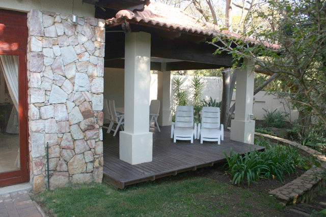 Bryanston West property to rent. Ref No: 13396306. Picture no 6