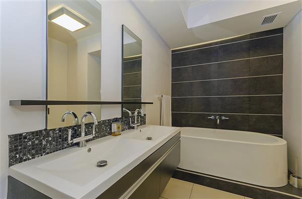 Morningside property to rent. Ref No: 13355240. Picture no 10