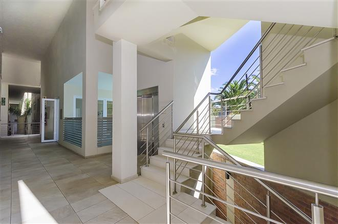 Bryanston property to rent. Ref No: 13396297. Picture no 13
