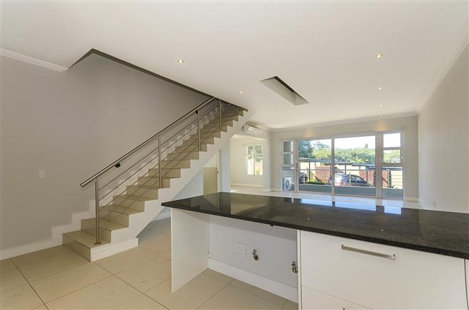 Bryanston property to rent. Ref No: 13396297. Picture no 4