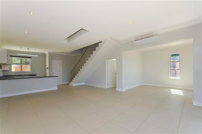 Bryanston property to rent. Ref No: 13396297. Picture no 6