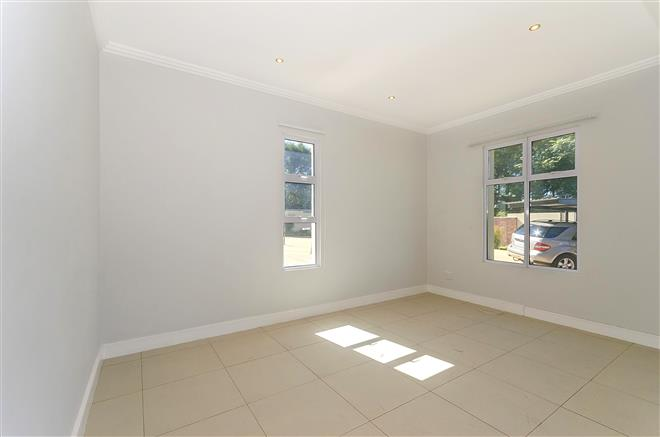 Bryanston property to rent. Ref No: 13396297. Picture no 7