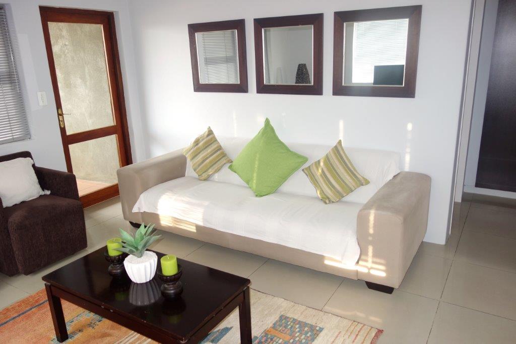 Sandown property to rent. Ref No: 13396291. Picture no 2