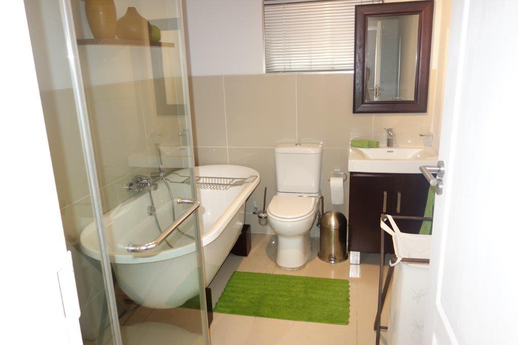 Sandown property to rent. Ref No: 13396291. Picture no 5