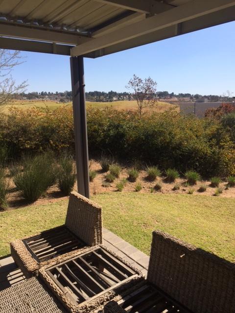 Jackal Creek Golf Estate property to rent. Ref No: 13398328. Picture no 13