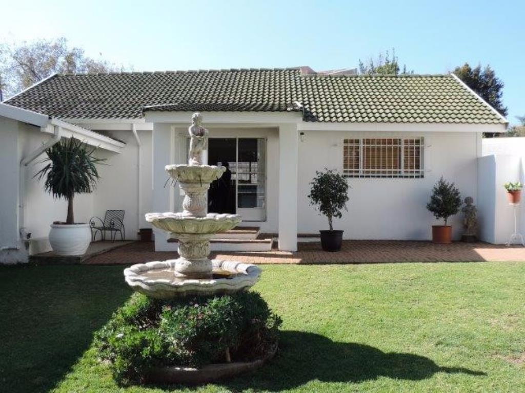 Randburg, Jukskei Park Property    Houses To Rent Jukskei Park, Jukskei Park, Cluster 1 bedrooms property to rent Price:,  8,00*