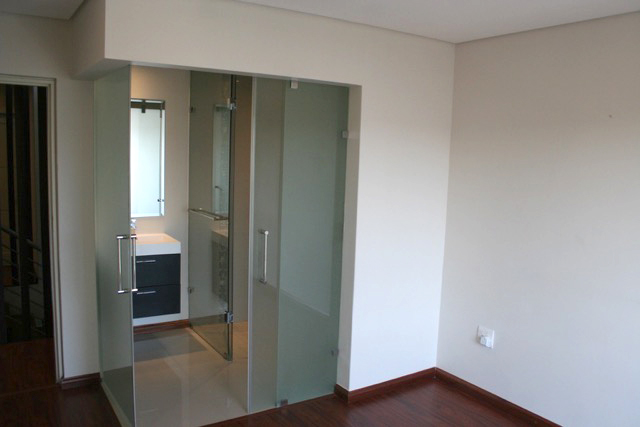 Bryanston property to rent. Ref No: 13395671. Picture no 16