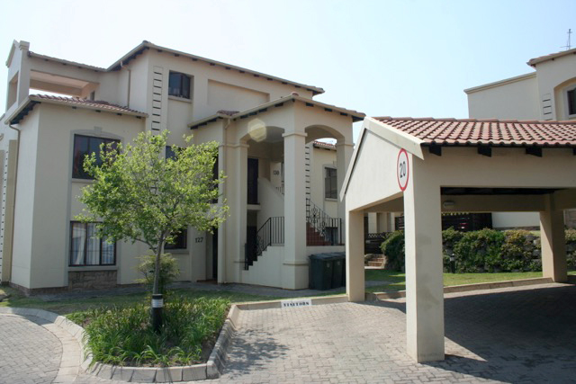 Sandton, Paulshof Property  | Houses To Rent Paulshof, Paulshof, Townhouse 3 bedrooms property to rent Price:, 10,00*