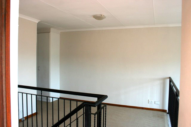 Paulshof property to rent. Ref No: 13396288. Picture no 10