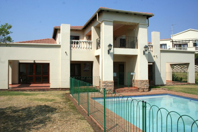 Paulshof property to rent. Ref No: 13396288. Picture no 2