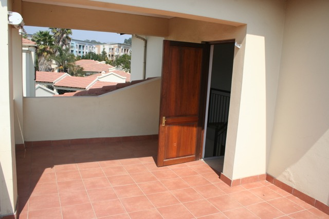 Paulshof property to rent. Ref No: 13396288. Picture no 8