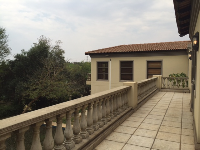 Dainfern Golf Estate property to rent. Ref No: 13390255. Picture no 16