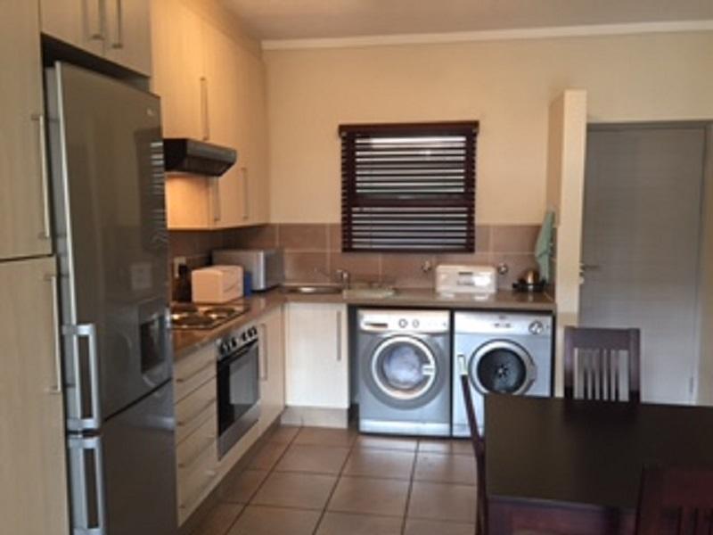 Broadacres property to rent. Ref No: 13397104. Picture no 3