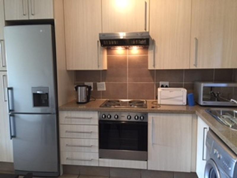 Broadacres property to rent. Ref No: 13397104. Picture no 4