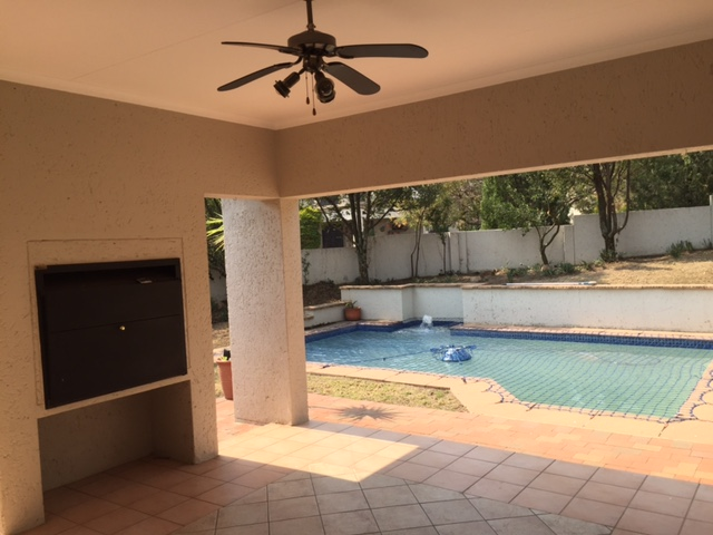 Dainfern Golf Estate property to rent. Ref No: 13393920. Picture no 13