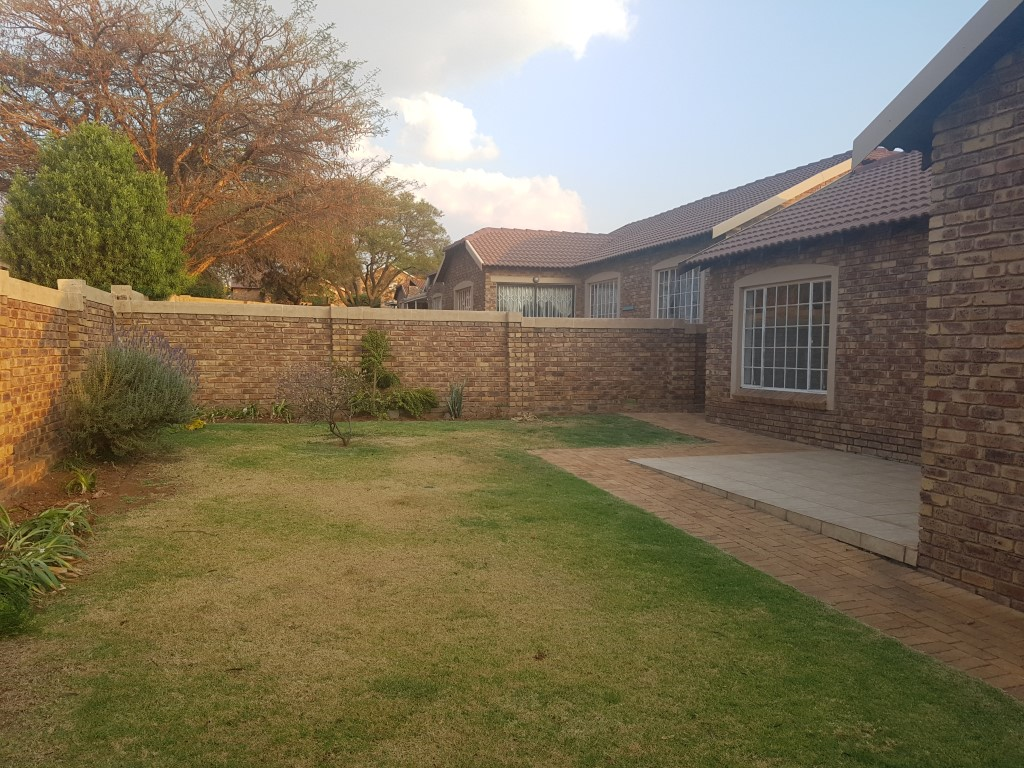 Roodepoort, Honeydew Property  | Houses To Rent Honeydew, HONEYDEW, Simplex 3 bedrooms property to rent Price:, 10,00*