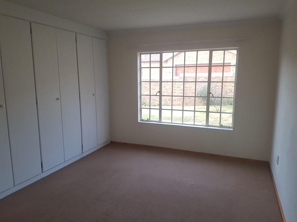 Honeydew property to rent. Ref No: 13400781. Picture no 18