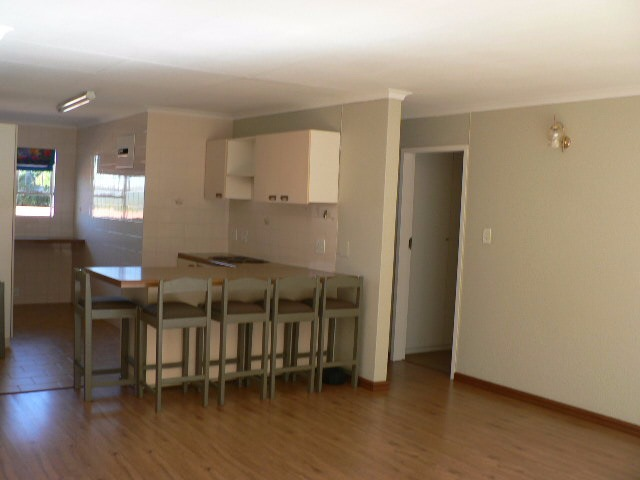 Northcliff property to rent. Ref No: 13391241. Picture no 11